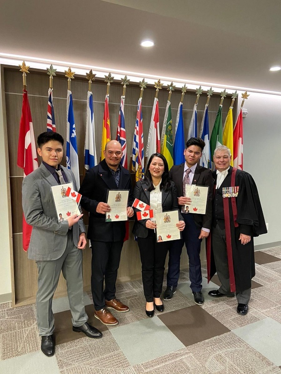 Rhyan Silva and Family Become Canadian!