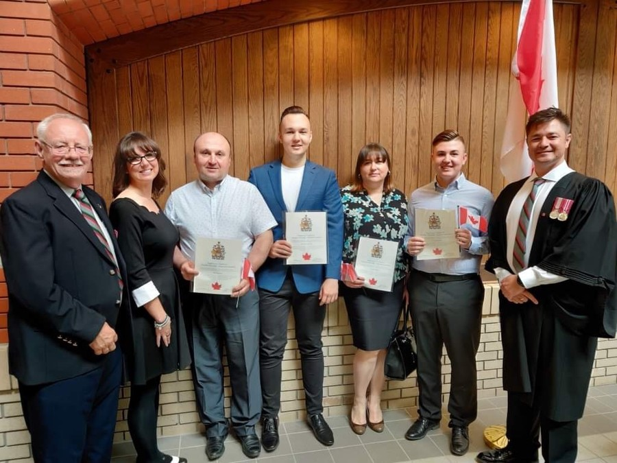 Ihor and Galyna Kotsyuba and Family Become Canadian!